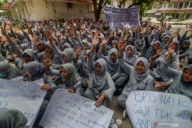 Kadinkes Jabar siap sampaikan tuntutan demo pegawai RSUD Al Ihsan ke gubernur