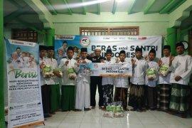 ACT Jawa Timur kembali salurkan beras santri