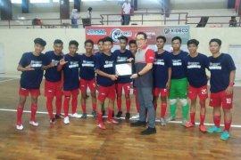 SMA 1 Grogot Juara Turnamen Kideco Futsal Cup