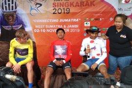 Bambang Suryadi sabet  Best Indonesian Rider Tour de Singkarak