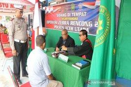 Puluhan pelanggar lalu lintas Aceh Utara ikuti sidang di tempat