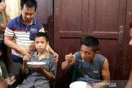 Dua pelajar yang hilang saat mancing di Nias ditemukan selamat
