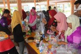 Warga Daha Barat harapkan pemda sering gelar pasar murah elpiji dan sembako
