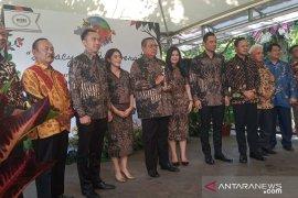 Ani Yudhoyono dianugerahi  Biodiversity Award 2019