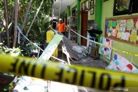 Polisi tetapkan dua kontraktor tersangka kasus atap sekolah ambruk