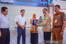 Wali Kota Padangsidimpuan evaluasi kelurahan pola asuh anak dan remaja