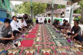 Ungkap rasa syukur, nelayan Aceh Jaya gelar kenduri laut