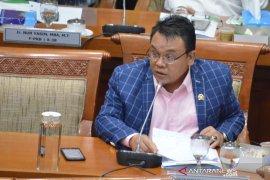Anggota DPR kecewa pemerintah tetap naikkan iuran  JKN