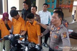 Sepasang kekasih pelaku curanmor ditangkap polisi