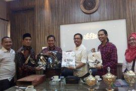 Dorong Industri Kreatif, Walikota Serang Dukung 'Banten Indie Clothing'