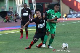 Dari peringkat kedua Persipura gagal geser Madura United