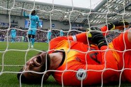 Penjaga gawang Tottenham Hotspur  Hugo Lloris jalani operasi siku