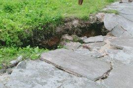 "LIPI: Tanah ambles di desa Sila fenomena ""creeping"""