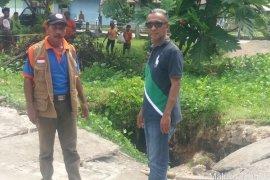 Tim PVMBG Bandung teliti tanah retak   di Pulau Nusalaut