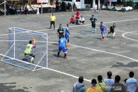Bank Kalsel dukung Turnamen Futsal antarSKPD