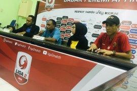 Delapan besar Liga 2: Empat tim tak permasalahkan cuaca panas Sidoarjo