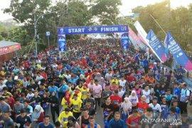 Sambut HUT Lebak Ke-191 ribuan peserta ikuti Multatuli Run 10K.