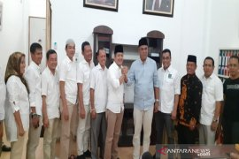 Jakfar Sukhairi didampingi PKB kembalikan formulir pendaftaran ke Gerindra