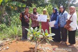 KPU Kabupaten Bogor santuni keluarga petugas pemilu yang wafat di Hari Pahlawan