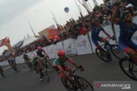 Muhammad Zamawi Azman tercepat di etape pamungkas