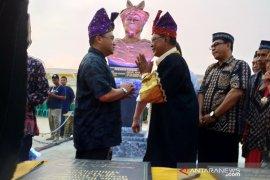 Gubernur Erzaldi resmikan monumen Pahlawan Nasional Depati Amir