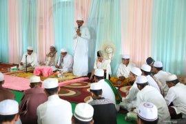 Bupati hadiri peringatan Maulid di Desa Batu Tungku