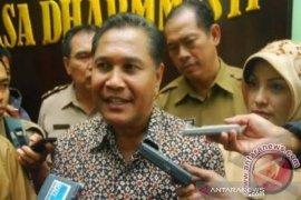 Abdullah Puteh sebut APBA harus fokus pengentasan kemiskinan di Aceh