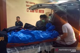 Keluarga WNA tenggelam di Sangiang, Banten berdatangan ke RS Polri