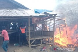 Mencapai puluhan juta rupiah, kerugian kebakaran wisata Karangpara