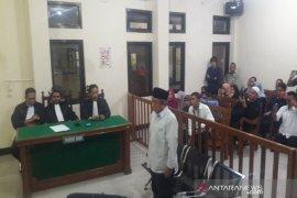 PN Brebes vonis Pelawak Qomar 17 bulan penjara