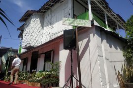 Pemkot Surabaya bersama SCN resmikan Kampung Lawang Seketeng