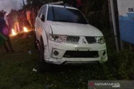 Mobil anggota dewan tabrak pelajar, korban mengalami patah di kaki