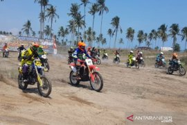 PT Timah selenggarakan Ngegass Bareng Pembalap di Pantai Matras
