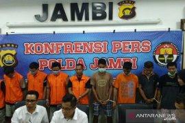 Polisi Jambi tangkap sepuluh tersangka pelaku ilegal drilling