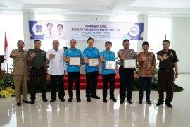 Wali Kota Tebing Tinggi berikan penghargaan kepada BNN dan Polres