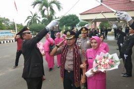 AKBP Kelana Jaya dilepas haru anggota
