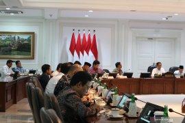 Presiden Jokowi minta kartu prakerja  terlaksana Januari 2020