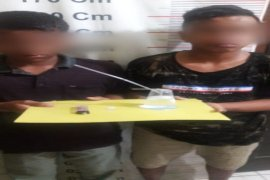 Dua pelajar Salapian Langkat ditangkap polisi miliki sabu-sabu