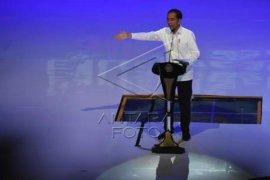 Rangkulan Surya-Sohibul, Jokowi sebut hanya masalah kecemburuan
