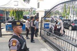 Polda Riau perketat penjagaan pascaledakan bom Medan
