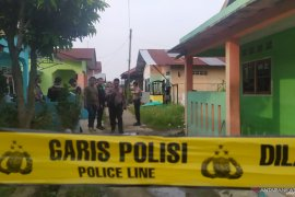 Jibom siaga di rumah terduga pelaku bom bunuh diri