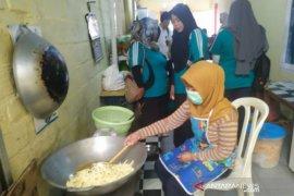IKM Bangka Selatan lakukan kunjungan ke pelaku usaha di Bangka