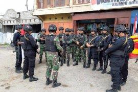 Satgas Yonif 514/SY dan Brimob gelar patroli keamanan di Jayawijaya