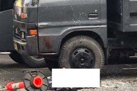 Flash - Rabu pagi, bom bunuh diri meledak di Polrestabes Medan