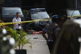 Mapolrestabes Medan disisir Brimob pastikan tidak ada bahan peledak lain