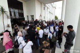 Ratusan buruh Batam tolak UMK 2020 dan kenaikan iuran BPJS
