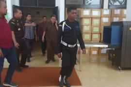 Kajati Maluku tahan tiga tersangka kasus terminal transit Passo