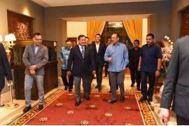 Prabowo bertemu Anwar Ibrahim dan Wan Azizah di Putrajaya