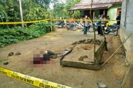 Berisik gedor-gedor pintu, kepala Junianto Waruwu nyaris putus ditebas sang adik