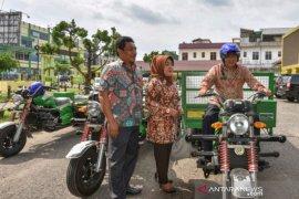 Kementerian Lingkungan Hidup serahkan bantuan kendaraan ke Pemkot Padangsidimpuan
